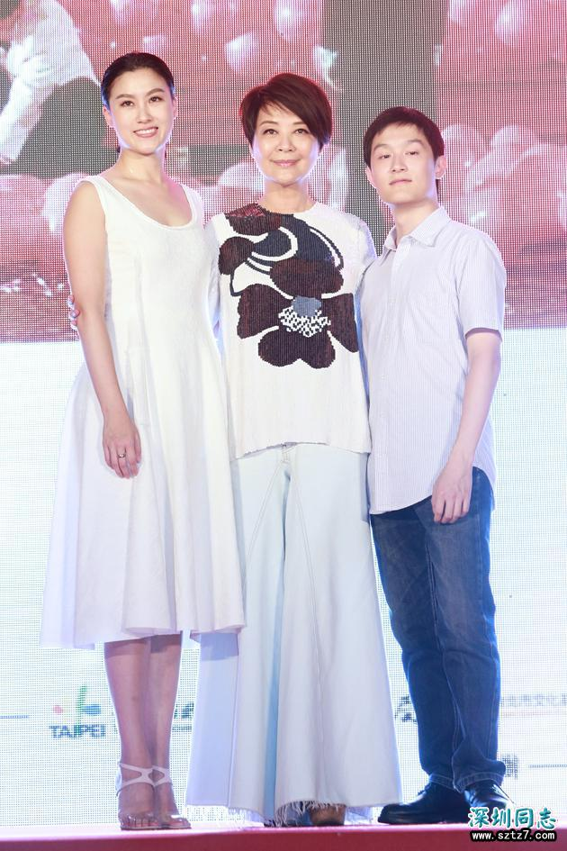金燕玲与女性密友同居12年 自认不是同性恋