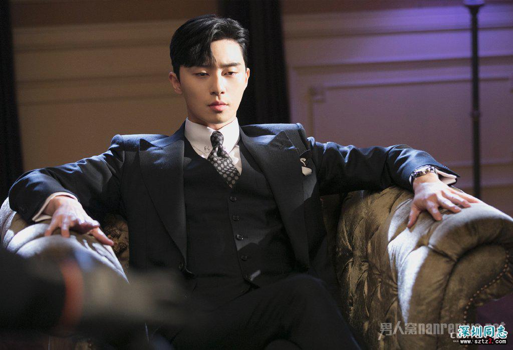 金秘书为何那样朴叙俊发型 时尚与复古的结合
