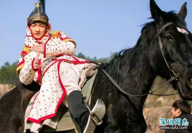 从寸头的刘启,到温文尔雅的五阿哥,再到到满是心机的影子长安