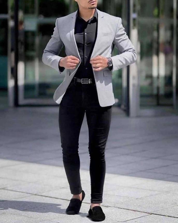 没过30岁的男生,别穿得太成熟!简单干净的T恤搭配,帅气又减龄